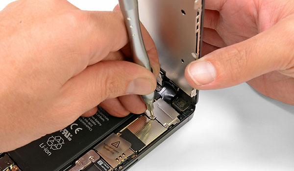 ส่ง iPhoneเครื่องเคลม  ที่ AIS Truemove Dtac